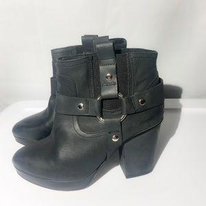 TOPSHOP Black boots- 50% Off Bundles